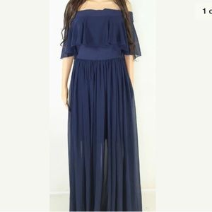 Dress the Population off the shoulder gown medium